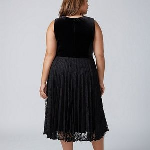 0c34dd6a703c Lane Bryant Dresses - 🆕 Lane Bryant velvet pleated midi dress